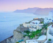 Греция открыла границы для туристов, нонедля всех. Граждан Молдовы пока непускают