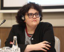 """""""Dacă se va reduce vârsta de pensionare, se va micșora și mărimea pensiilor"""". Interviu cu Anna Akhalkatsi, directorul biroului Băncii Mondiale în Moldova"""
