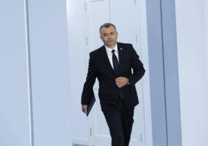 Guvernul a promis scutiri de unele impozite pentru companiile care angajează moldoveni reveniți de peste hotare
