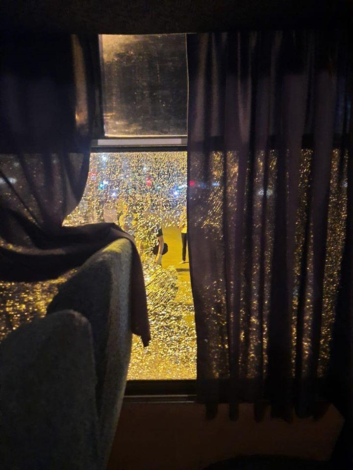 VIDEO Momentul în care atacatorul din Ucraina s-a predat polițiștilor. Acesta avea complici și în alte orașe