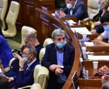 «Завтра мы поработаем наблаго граждан». Депутаты отПСРМ иPentru Moldova объявили оподдержке кандидатуры Головатюка ипокинули заседание парламента