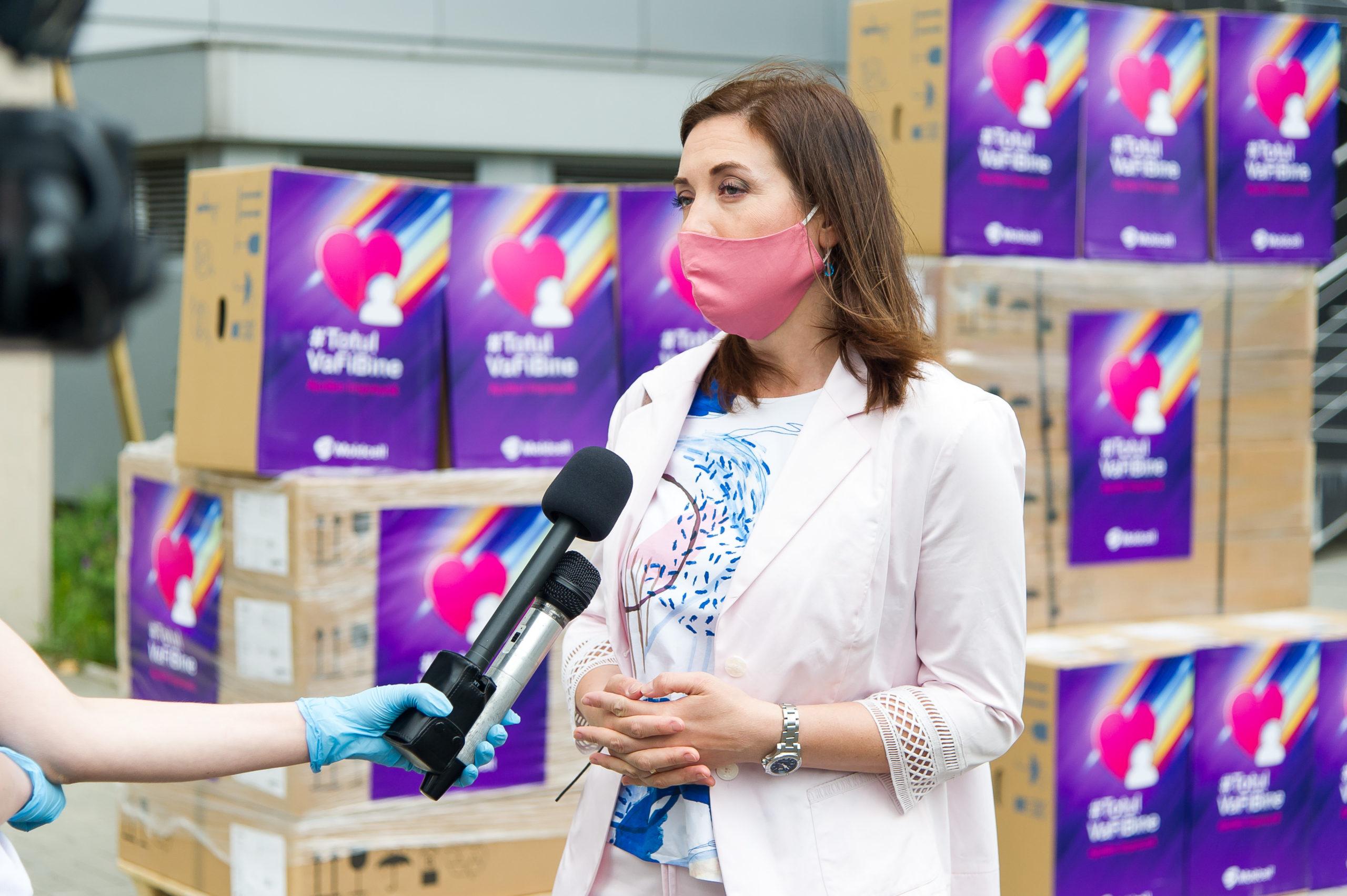 Moldcell дарит 10 аппаратов искусственной вентиляции легких 8-ми больницам страны