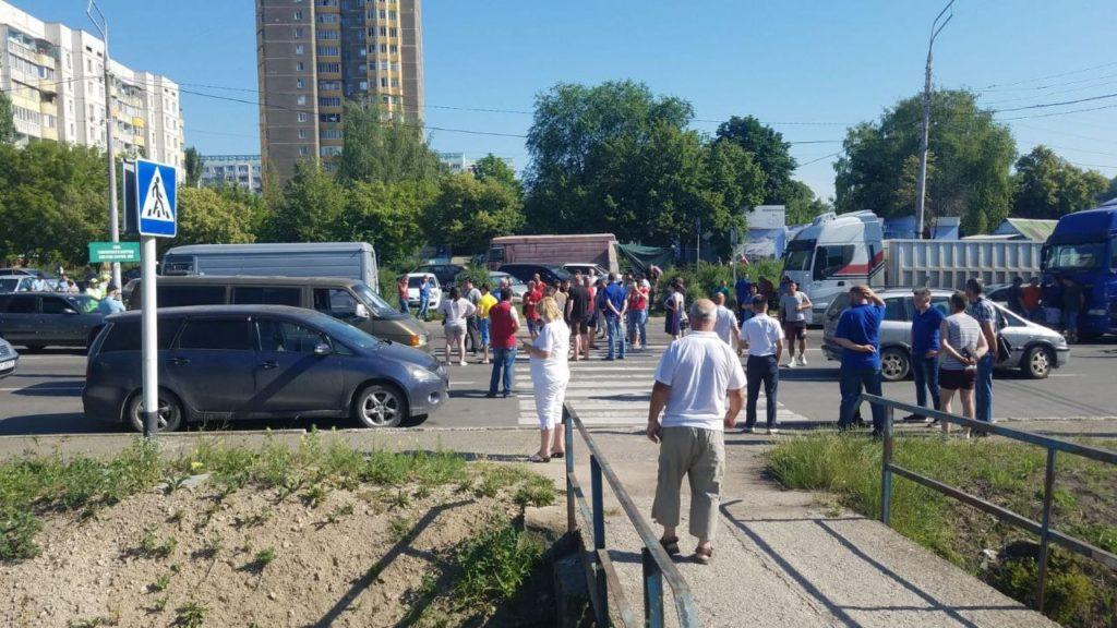 Приднестровье почти полностью закрыло выезд изрегиона. ВРыбнице начался стихийный протест (ФОТО)