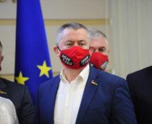 Încă un deputat al grupului parlamentar Pro Moldova părăsește fracțiunea
