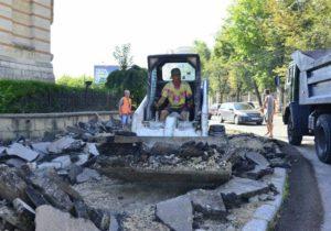 NM Espresso: о продолжении «большого ремонта» в Кишиневе, деле о мошенничестве компании Glorinal и об «уроках турецкого»