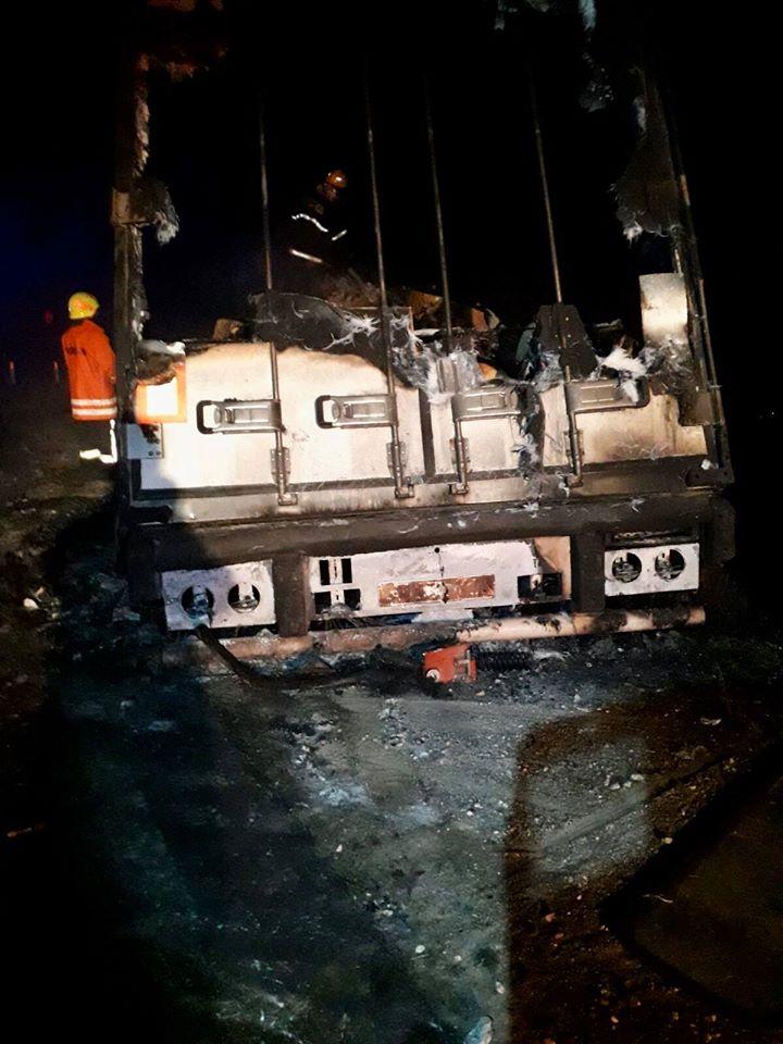 FOTO/ VIDEO Un grav accident rutier s-a produs în raionul Soroca. Un șofer a decedat, iar altul a fost transportat la spital