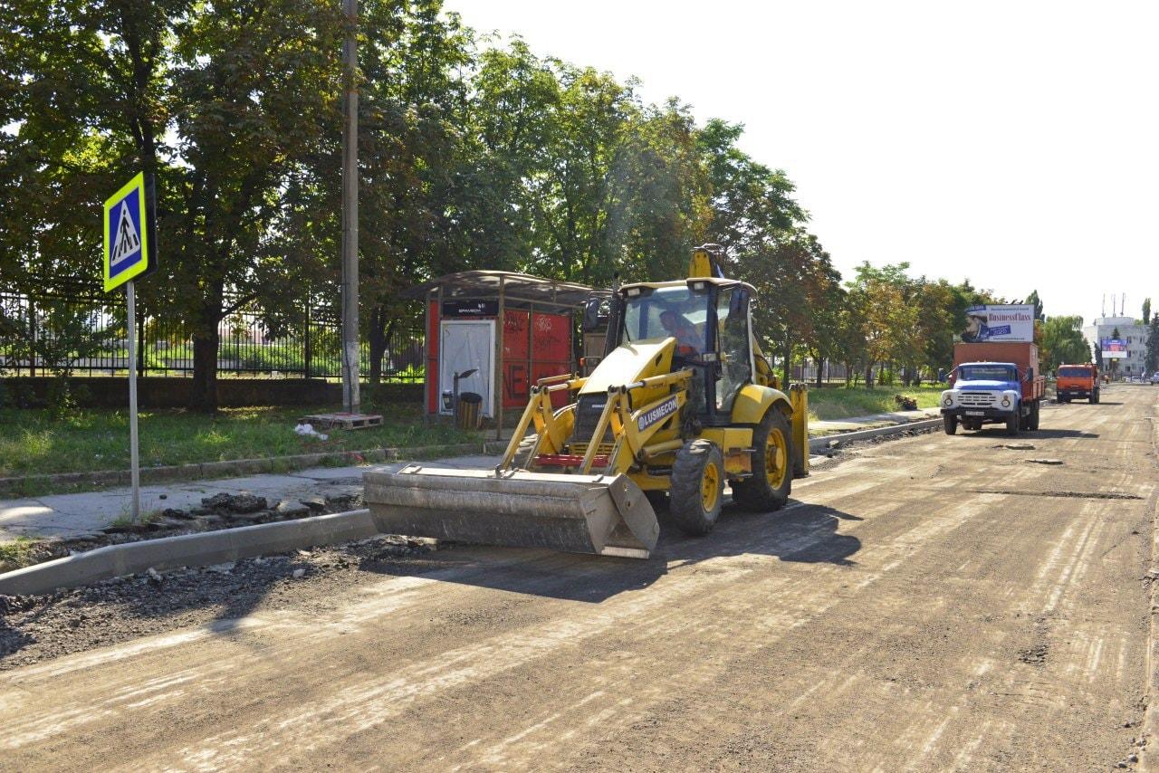 FOTO Ceban a inspectat șantierul de pe strada Albișoara. Ce lucrări au fost efectuate