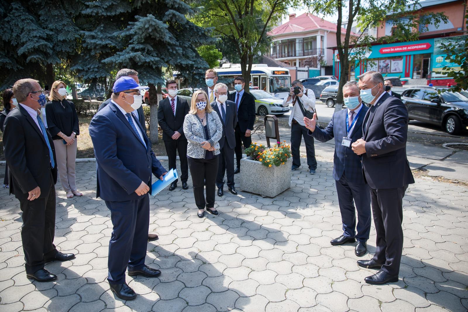 (FOTO) Primul Centru operativ de coordonare în urgențe de sănătate publică a fost lansat în Moldova