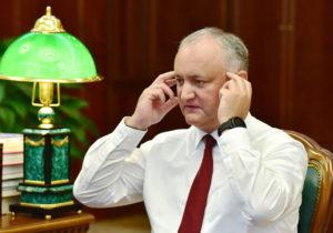 """""""Nimeni nu este mai presus de lege"""". Candu a depus o plângere împotriva lui Dodon la procuratură"""