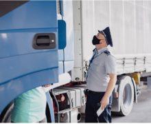 Водитель изРумынии пытался вручить сотруднику молдавской таможни €50. На КПП проводят проверку