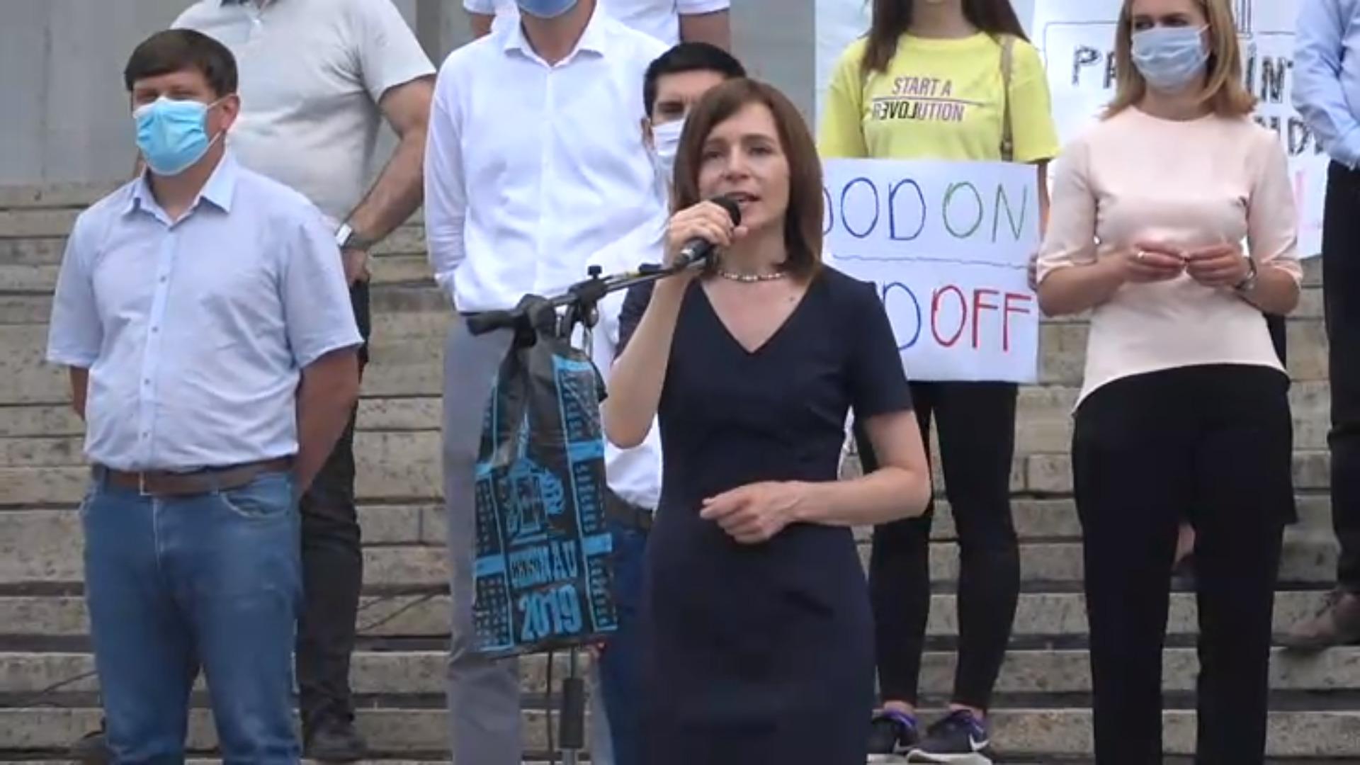 """(VIDEO) """"Învingem hoția, oprim sărăcia!"""" Acțiune de protest organizată de Partidul Acțiune și Solidaritate"""