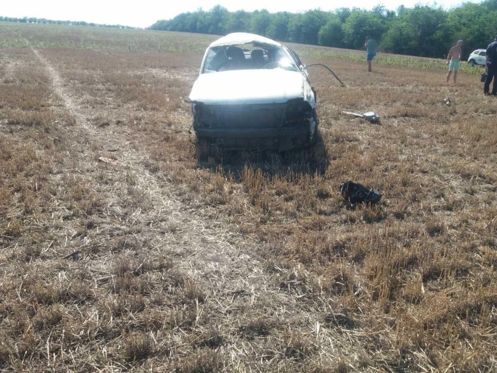 (FOTO) Accident fatal în raionul Edineț. Doi tineri de 16 și 18 ani au murit