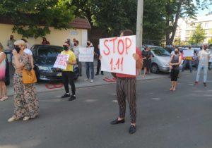 «Долой бордель впарламенте». «Гражданский конгресс» провел митинг узданияКС (ВИДЕО)