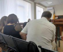 «Сбавьте тон!» Как в суде рассматривают дело о коррупции судей