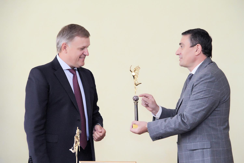Moldova Agroindbank получил три высшие премии нанациональном конкурсе «Торговая марка года 2019»