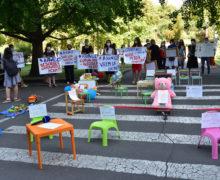 «Ждать конца эпидемии — не выход». Кто и как протестовал в Кишиневе против закрытых детских садов