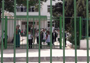 «Туркменский феномен». Репортаж из страны, где «нет коронавируса», лечатся народными средствами и массово умирают от пневмонии