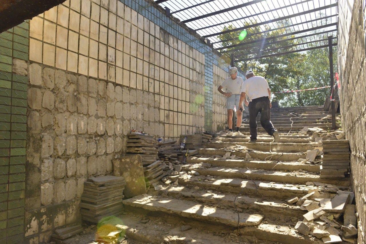 FOTO S-a dat start lucrărilor de reabilitare a pasajului subteran din preajma Gării de Sud