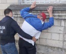 В Бельцах правоохранительные органы раскрыли преступную группировку, торговавшую наркотиками (ВИДЕО)