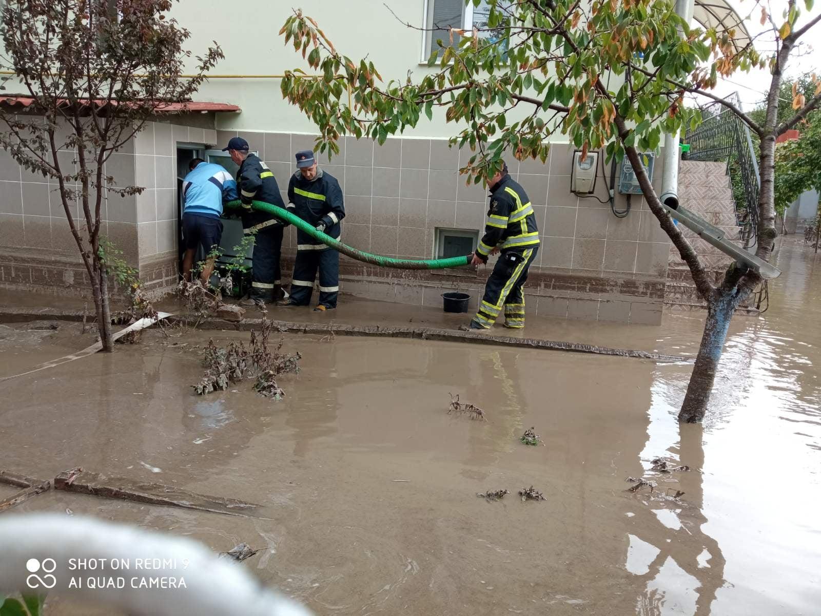 UPDATE Sute de case din Comrat au rămas fără gaz. Consecințele ploii în Găgăuzia, dar și în alte localități (VIDEO)