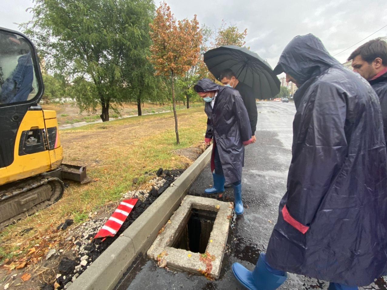"""""""Precipitaţiile abundente ne-au arătat punctele slabe"""". Răspunsul lui Ceban la criticile privind inundațiile din capitală (FOTO)"""