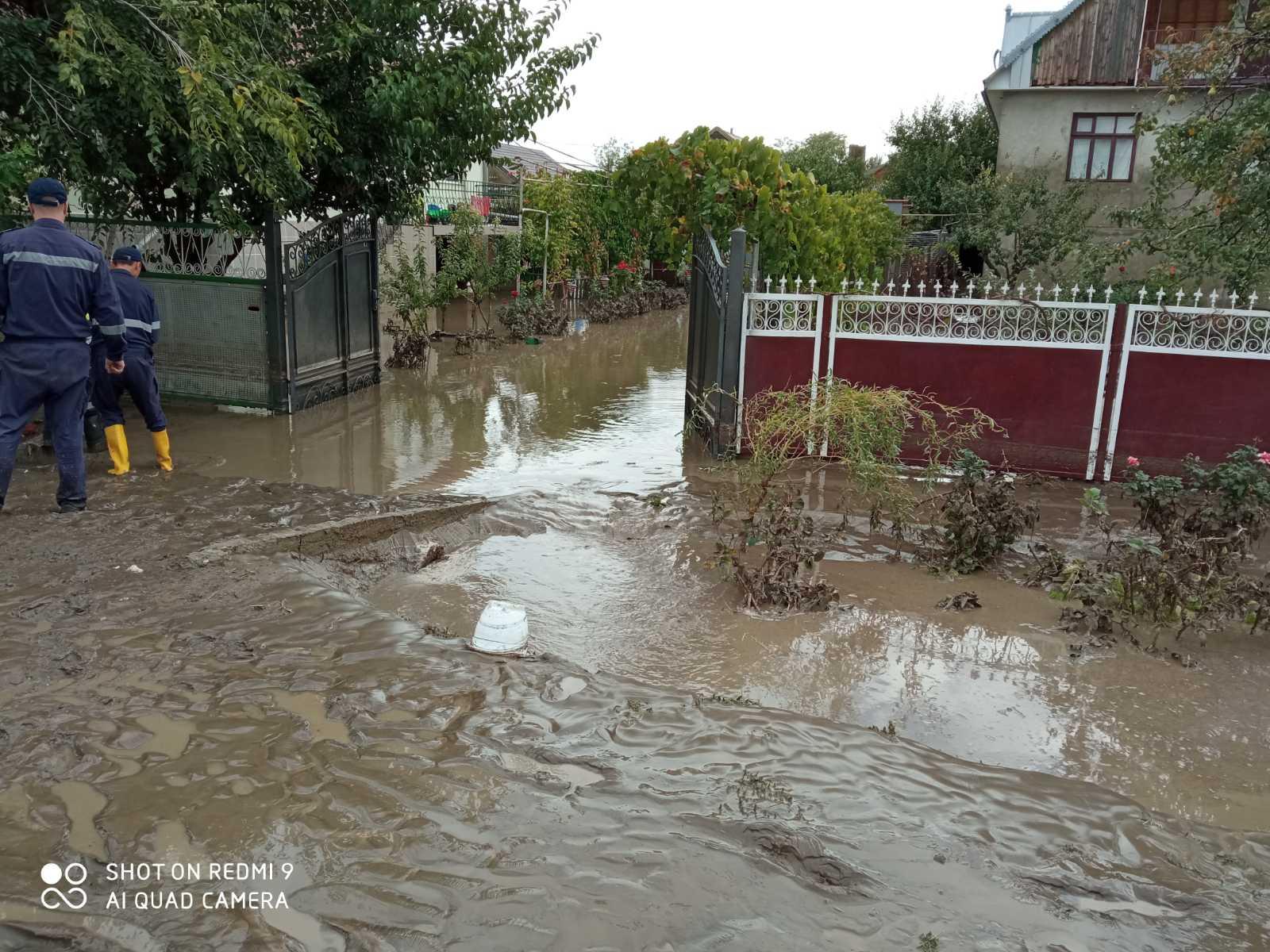 ВМолдове спасатели сообщили обущербе отпроливных дождей (ФОТО)