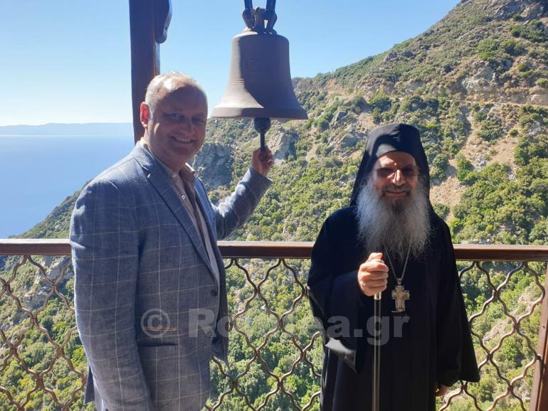 Pandemia a ajuns și pe Muntele Athos. Opt călugări au fost diagnosticaţi cu Covid-19