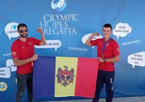 Гребцы изМолдовы завоевали золото ибронзу намеждународном турнире