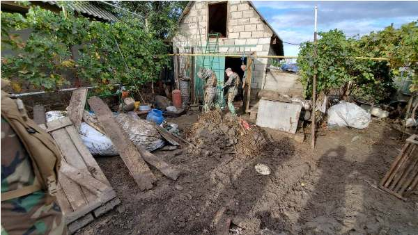Национальная армия помогает бороться споследствиями наводнения вКомрате (ФОТО)