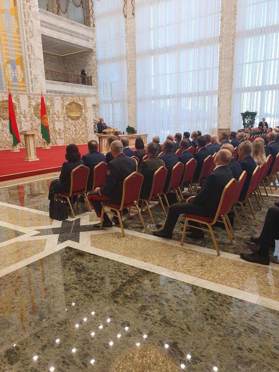 Alexandr Lukașenko a fost învestit în funcția de președinte al Belarusului. În premieră, evenimentul a fost ținut în secret