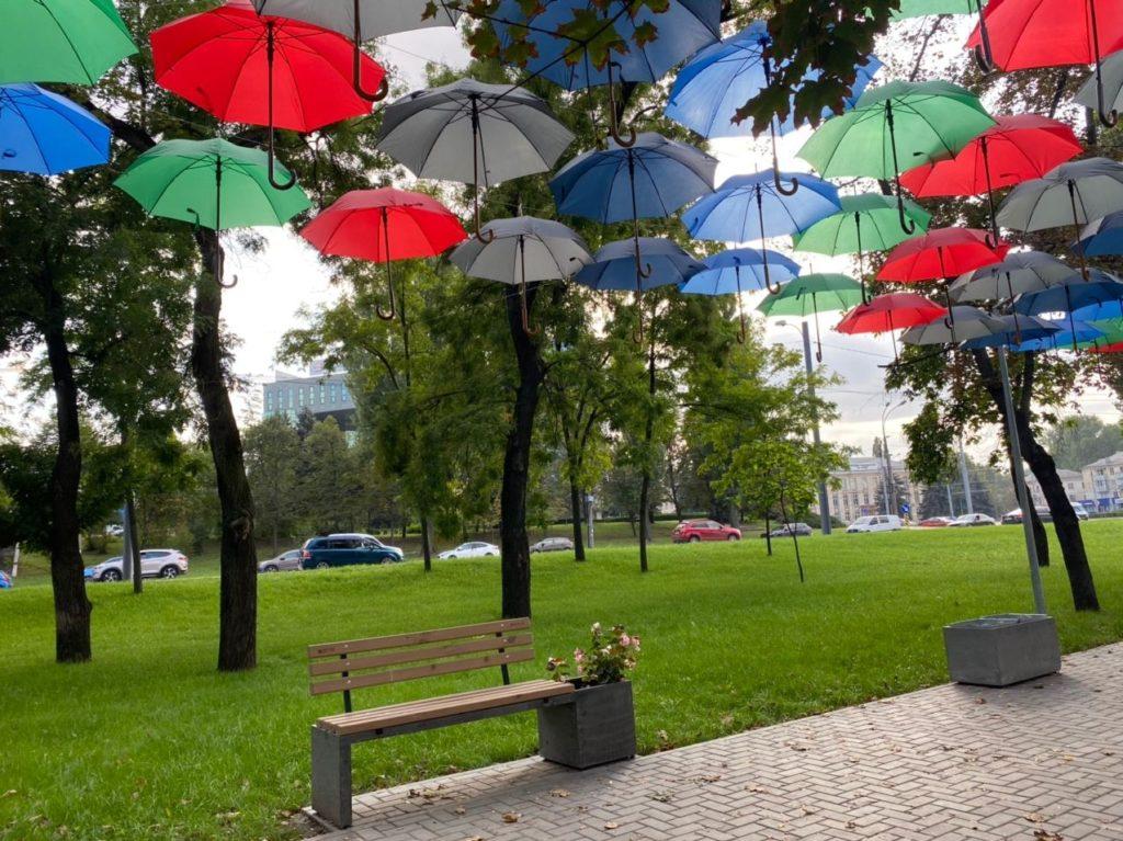 ВКишиневе всквере наБуюканах организовали «Фестиваль зонтов»