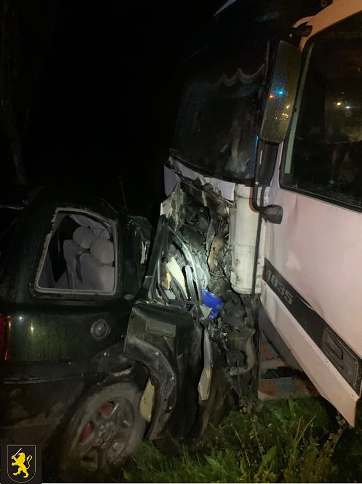Trei persoane au decedat într-un cumplit accident pe traseul Orhei - Călărași. Șoferul ar fi încercat să iasă la depășire unei căruțe (FOTO)