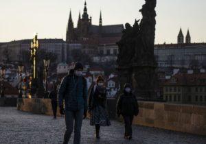 Вторая страна вЕС снова объявила локдаун из-за коронавируса