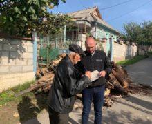 В Кишиневе 240 малоимущих семей бесплатно получили дрова