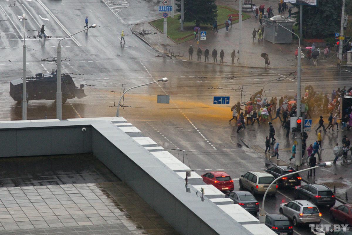 Aproape 600 de manifestanți ar fi fost reținuți în timpul protestelor care au avut loc duminică în Belarus (FOTO/VIDEO)