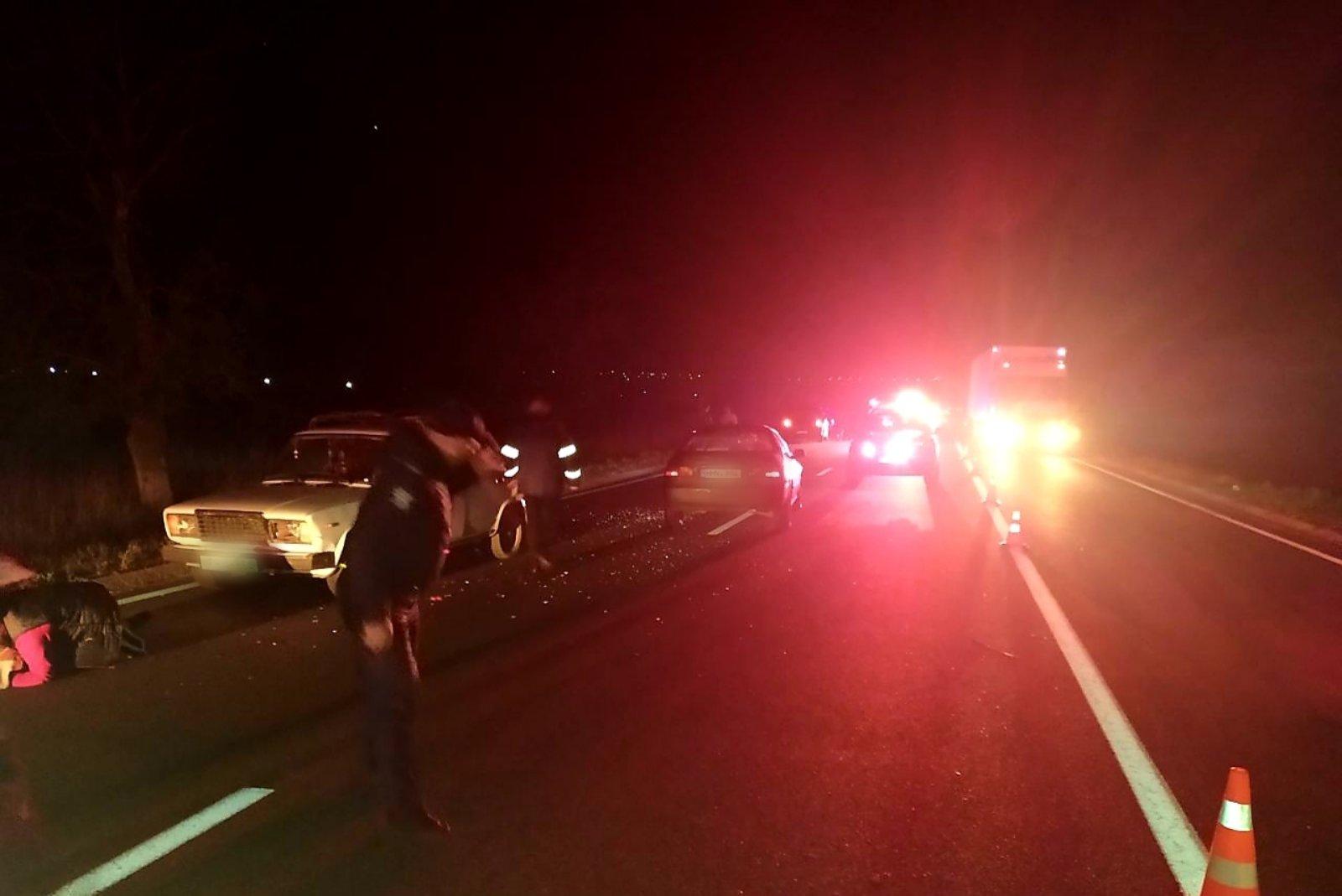 Accident grav la Florești. Un bărbat de 32 de ani a murit, după ce a fost lovit de două mașini (FOTO)