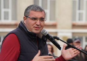 """""""Isteria pe tema lingvistică este ultimul lucru de care avem nevoie"""". Renato Usatîi, despre conflictul care a divizat moldovenii"""