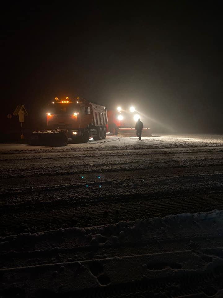 ВШтефан-Водэ идет снег. Натрассы выехали снегоуборочные машины (ФОТО)