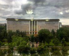 Кто проходит в молдавский парламент? «Барометр общественного мнения» представил последний опрос перед выборами
