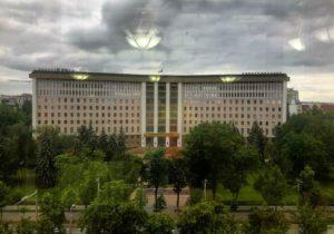 Президент в Молдове решает все. Или ничего? Разбор NM