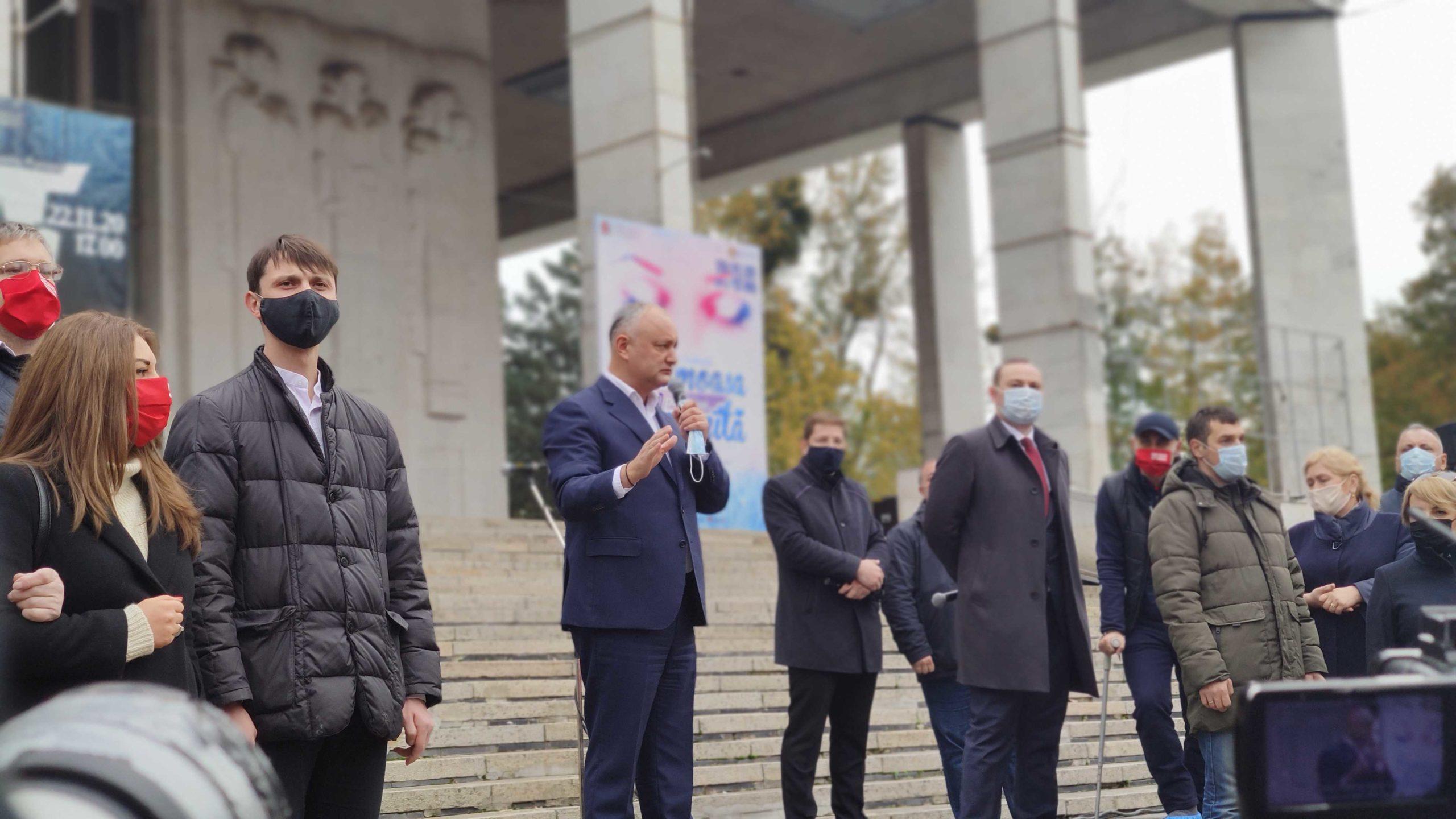 """""""Până nu le vom da peste bot concurenților noștri, nu vor înțelege"""". Dodon cheamă susținătorii să-și """"apere victoria"""" pe 16 noiembrie (VIDEO)"""