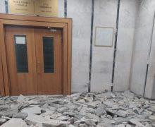 «Мыработаем внечеловеческих условиях». Суд сектора Центр покинет здание на проспекте Штефана чел Маре?