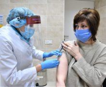 Când este rândul tău la vaccin? Ghid NM despre vaccinare împotriva coronavirusului în Moldova