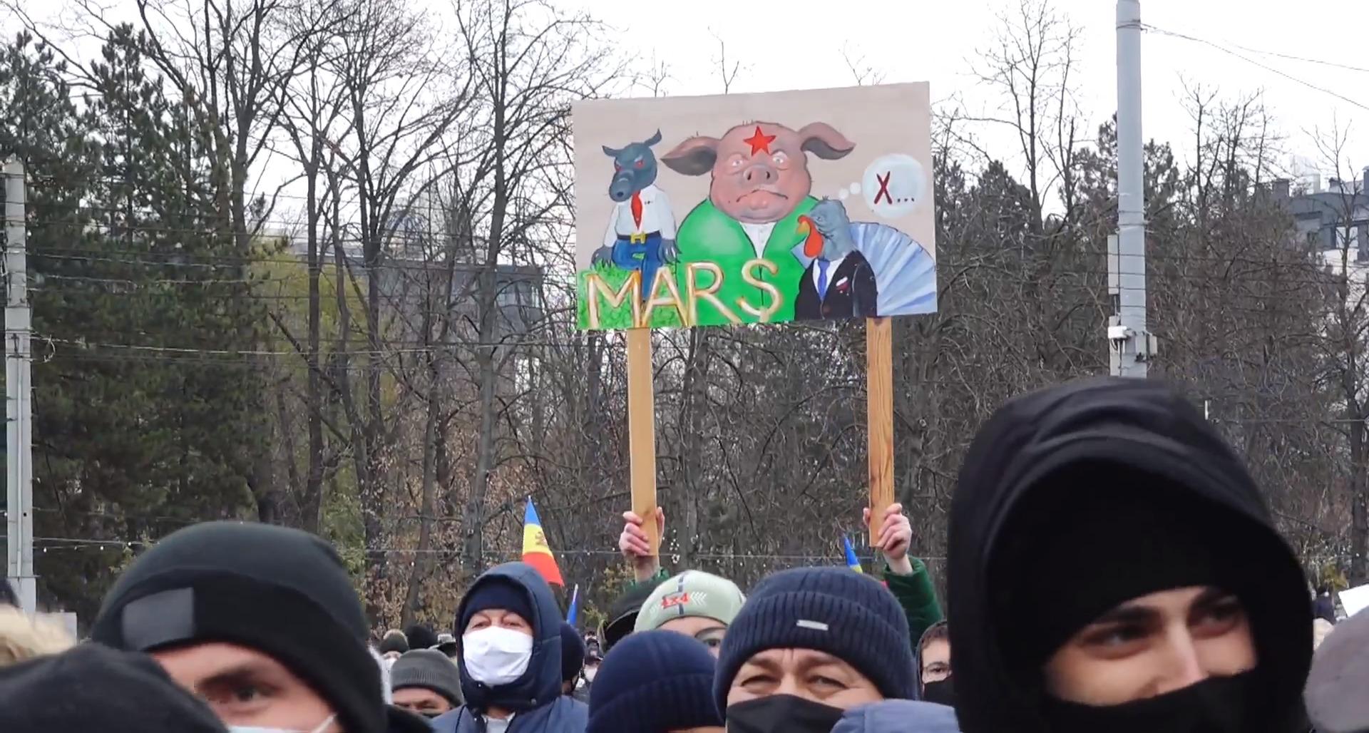 """Maia Sandu: """"Să-și dea demisia Chicu în următoarele ore!"""" Protest de amploare la Chișinău (LIVE NM)"""