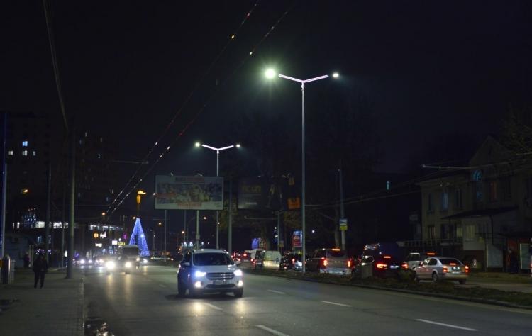 Mai multă lumină pe str. Calea Orheiului din capitală. Lucrările de renovare au fost finalizate (FOTO)