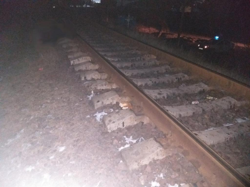 Un bărbat din Sângerei a fost lovit mortal de tren (FOTO)