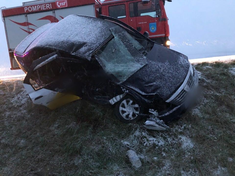 Натрассе Кишинев-Чимишлия машина такси столкнулась смикроавтобусом. Есть погибшие (ОБНОВЛЕНО)