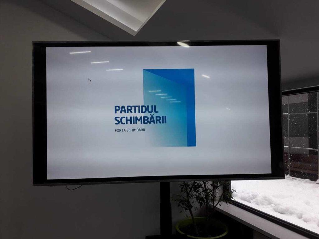 """Ștefan Gligor prezintă grupul de inițiativă pentru crearea formațiunii """"Partidul Schimbării"""" (LIVE)"""