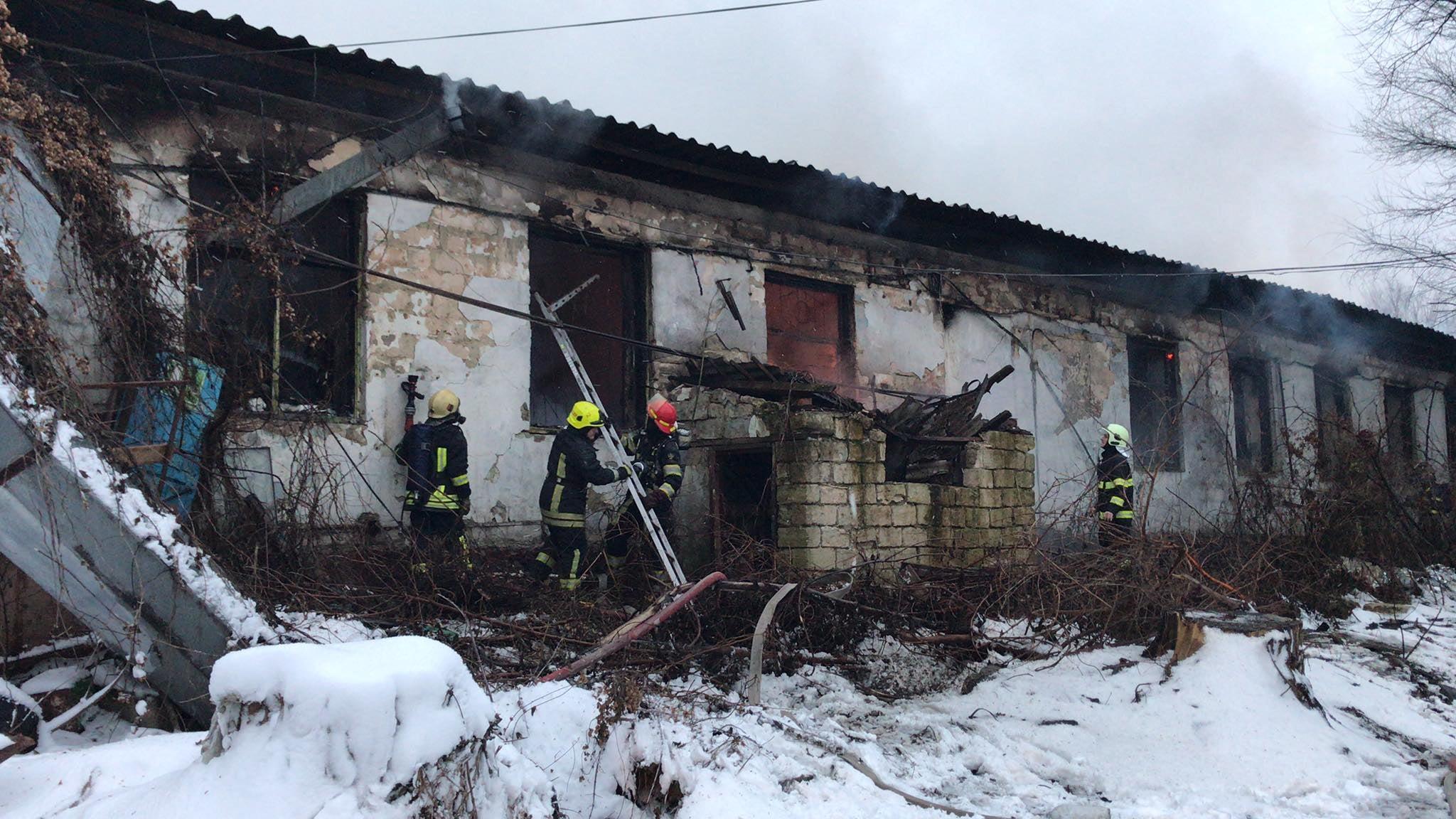 ВКишиневе намебельной фабрике произошел пожар (ВИДЕО)