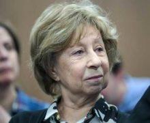 Актрису Лию Ахеджакову госпитализировали с коронавирусом